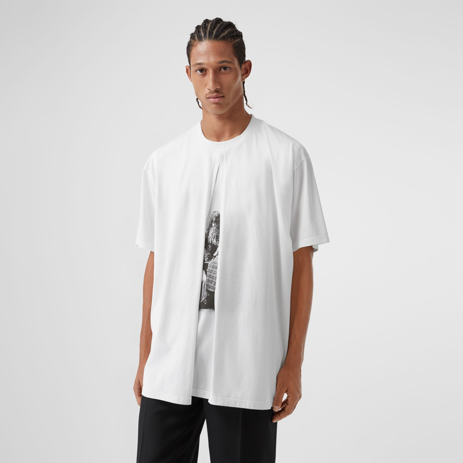 Victorian Portrait Print Cotton Oversized T-shirt in Optic White | Burberry - gallery image 0