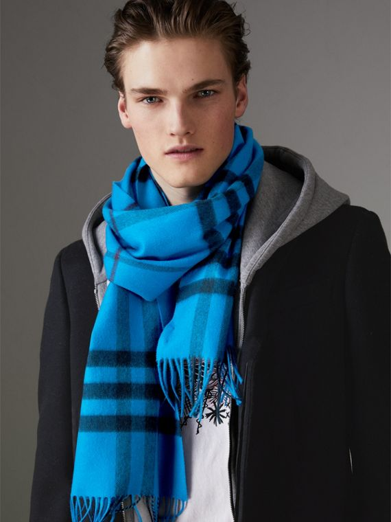 Overdyed Exploded Check Cashmere Scarf in Bright Blue | Burberry Hong Kong - cell image 3