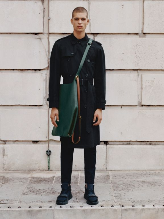 The Westminster Heritage Trench Coat in Black - Men | Burberry Singapore - cell image 1