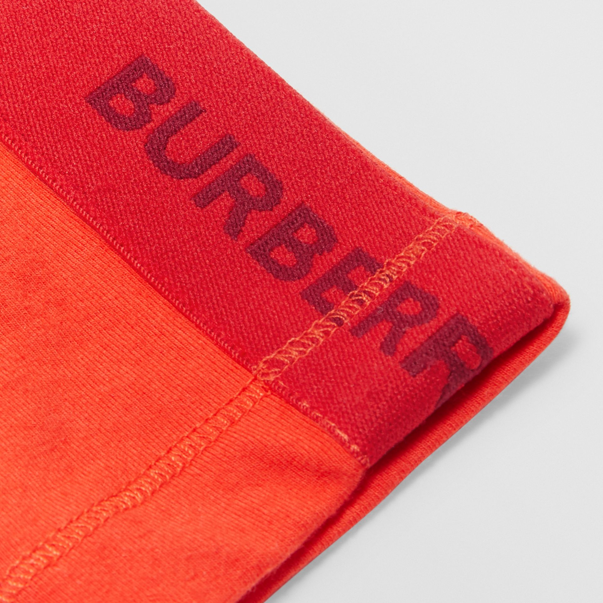 Logo Detail Stretch Cotton Leggings in Bright Red - Children | Burberry Australia - gallery image 1