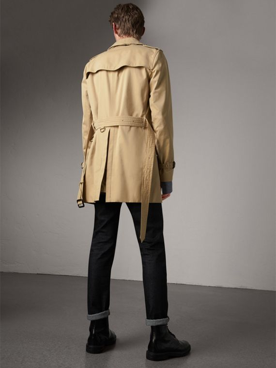 The Kensington – Mid-Length Heritage Trench Coat in Honey - Men | Burberry Hong Kong - cell image 2
