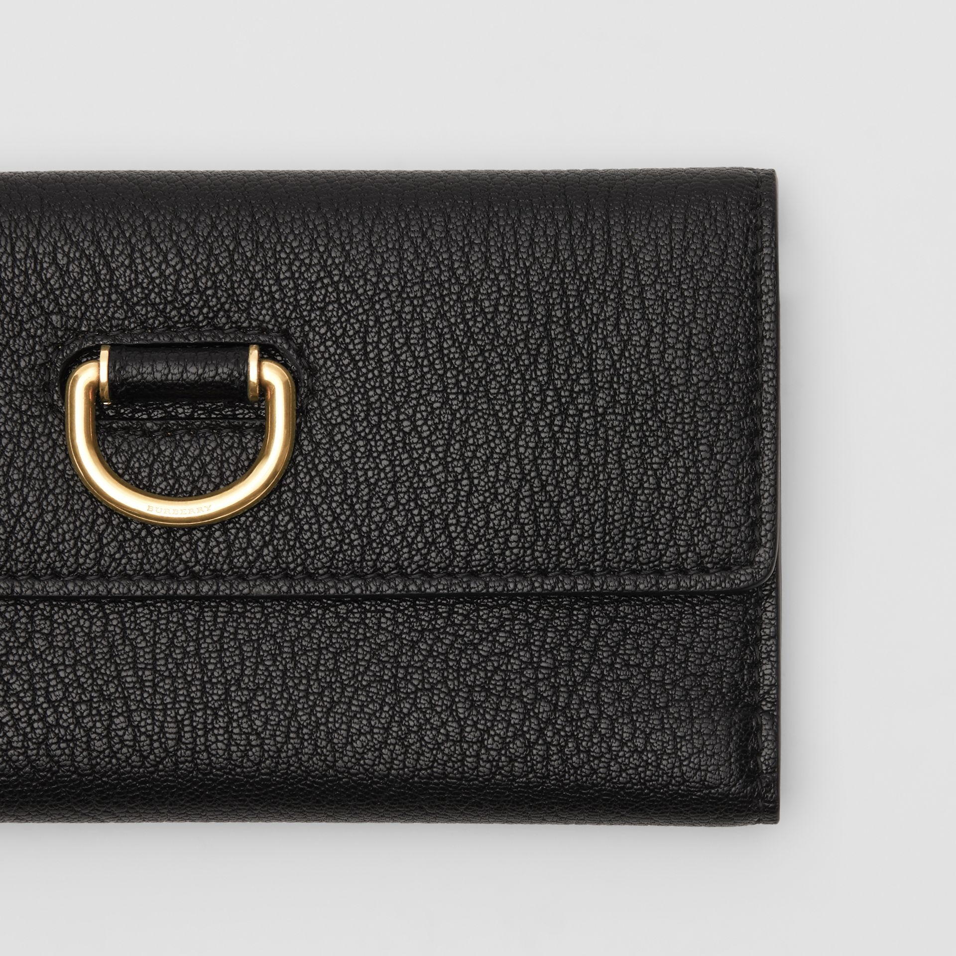 D-ring Grainy Leather Continental Wallet in Black - Women | Burberry United States - gallery image 1