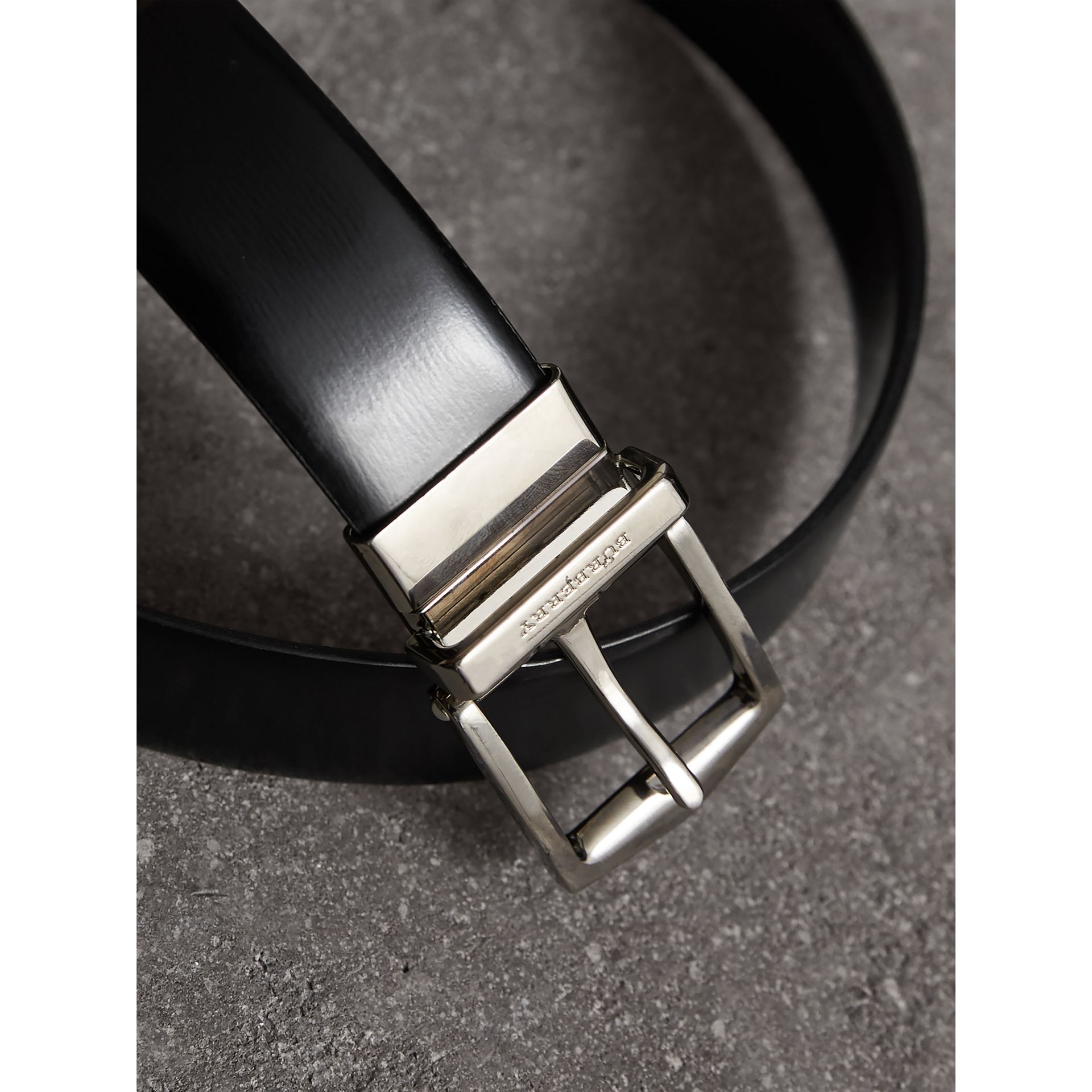 Reversible Bridle Leather Belt in Black/chocolate - Men | Burberry United Kingdom - gallery image 2
