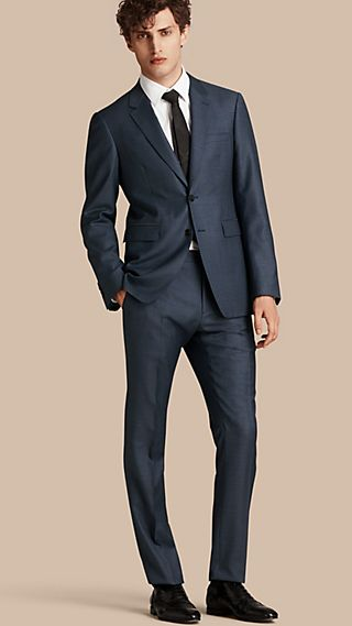 Modern Fit Travel Tailoring Wool Suit
