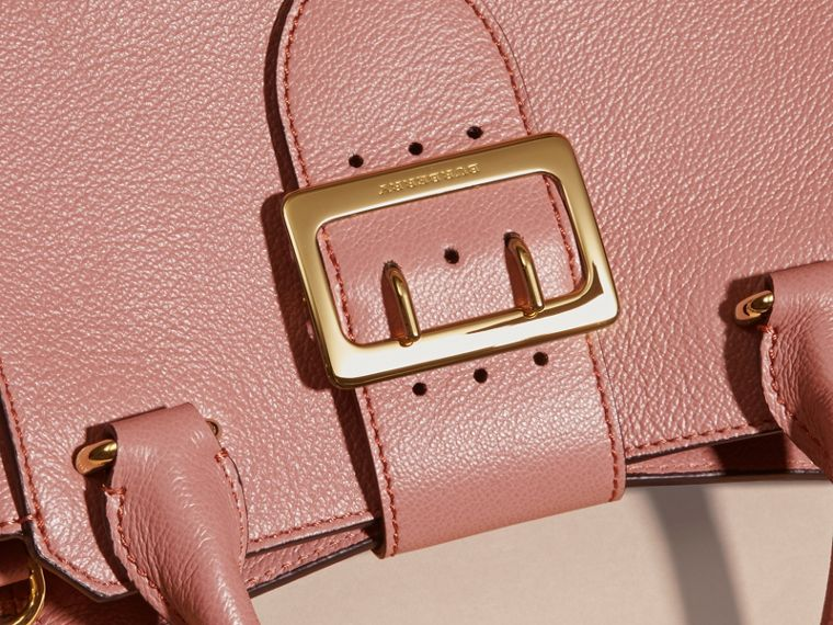 The Small Buckle Tote in Grainy Leather Dusty Pink - cell image 1