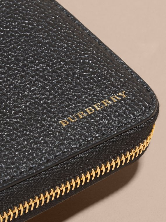 House Check and Grainy Leather Ziparound Wallet in Black | Burberry - cell image 3