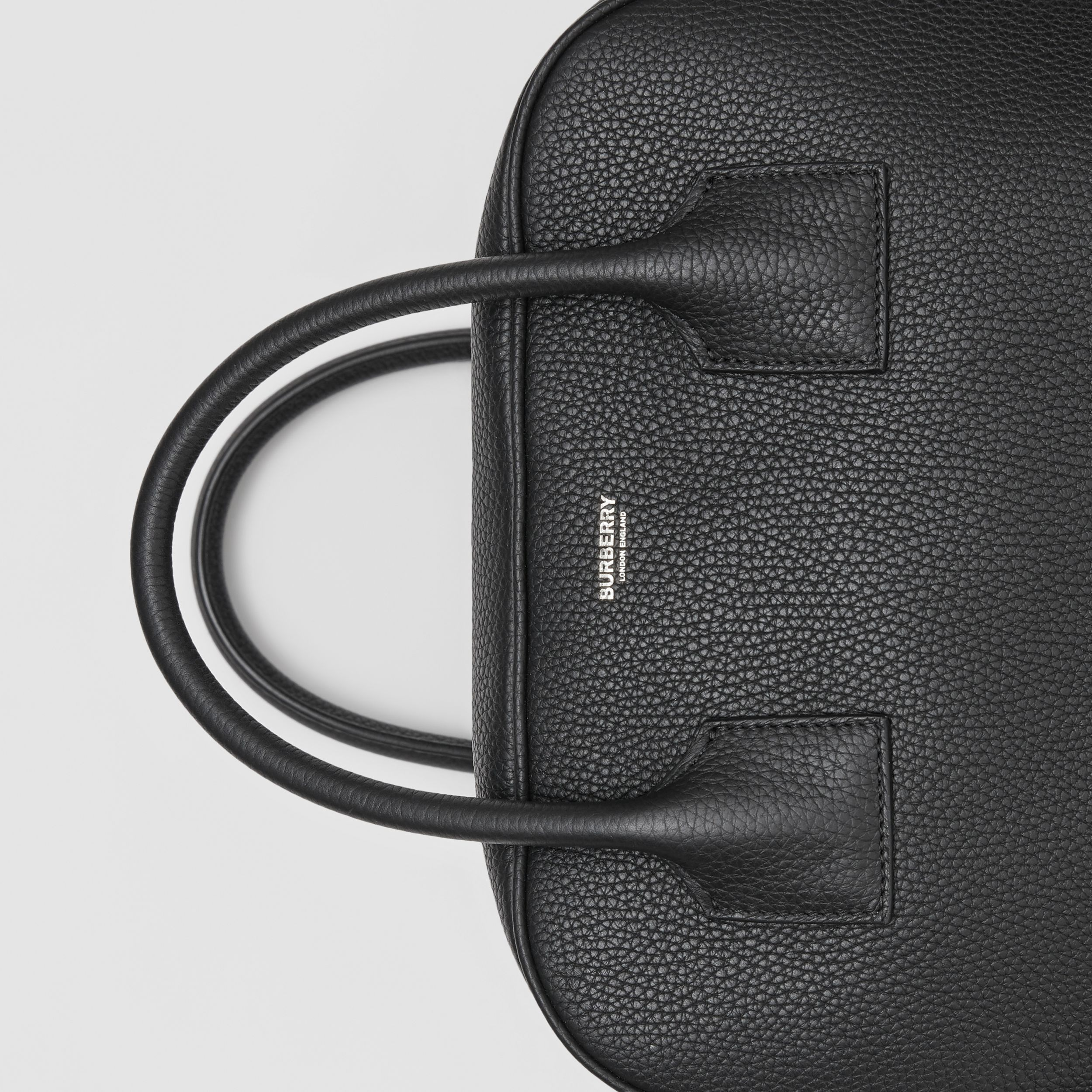 Medium Leather Cube Bag in Black - Women | Burberry United Kingdom - 2