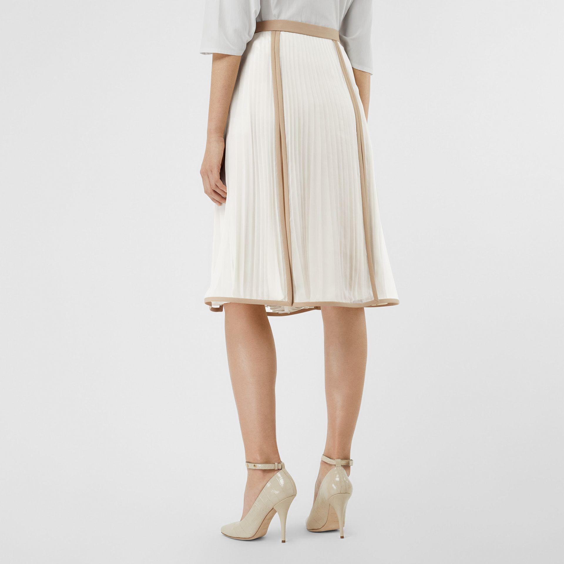 Chiffon Panel Silk Pleated Skirt in Magnolia - Women | Burberry Canada - gallery image 2