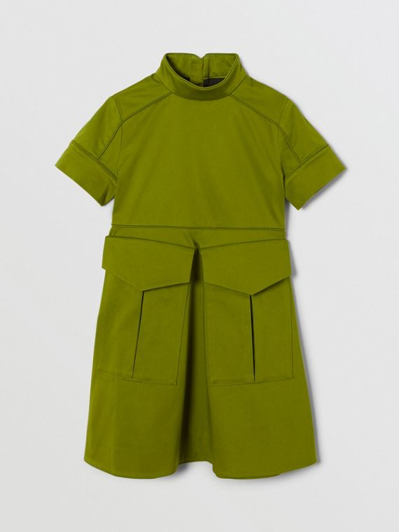 Short-sleeve Cotton Sateen Funnel Neck Dress in Bright Green