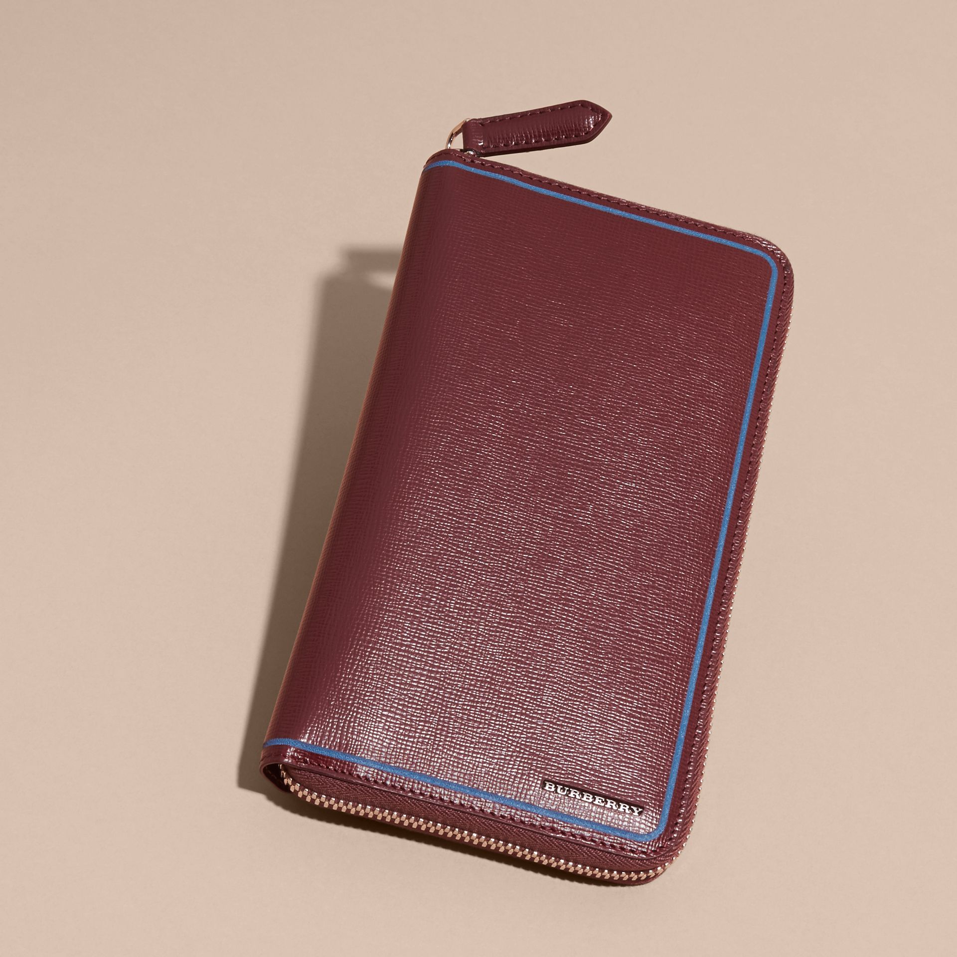Border Detail London Leather Ziparound Wallet Burgundy Red - gallery image 5