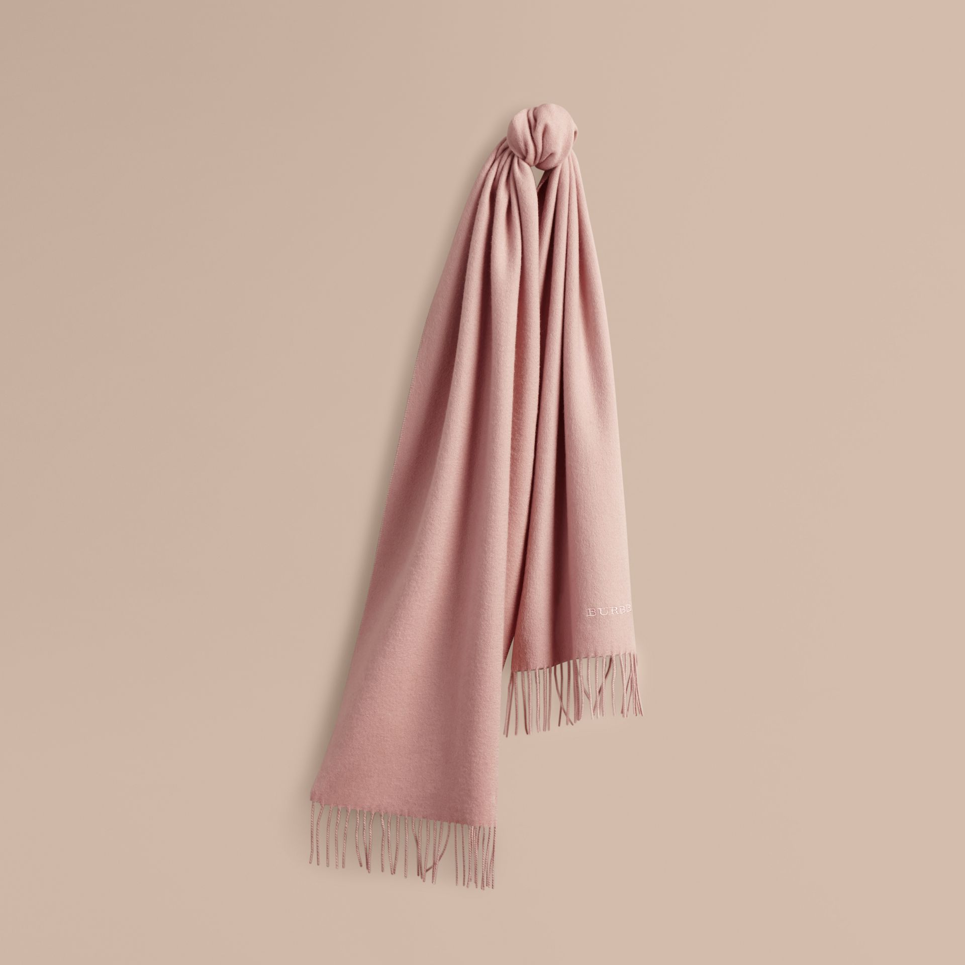 The Classic Cashmere Scarf in Ash Rose | Burberry Australia - gallery image 6