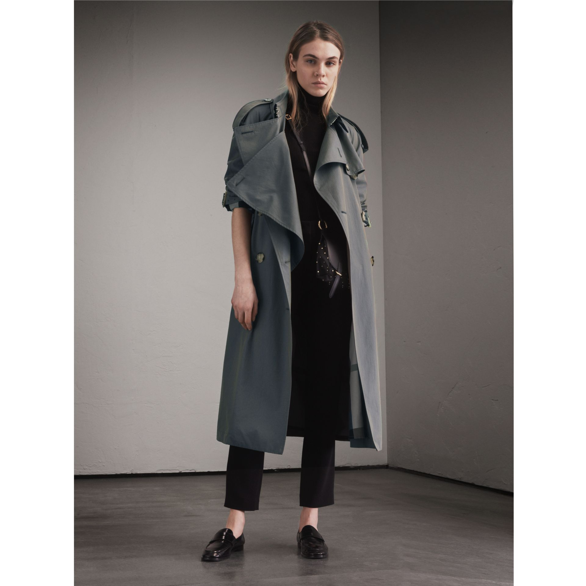 Tropical Gabardine Trench Coat in Storm Blue - Women | Burberry Canada - gallery image 1
