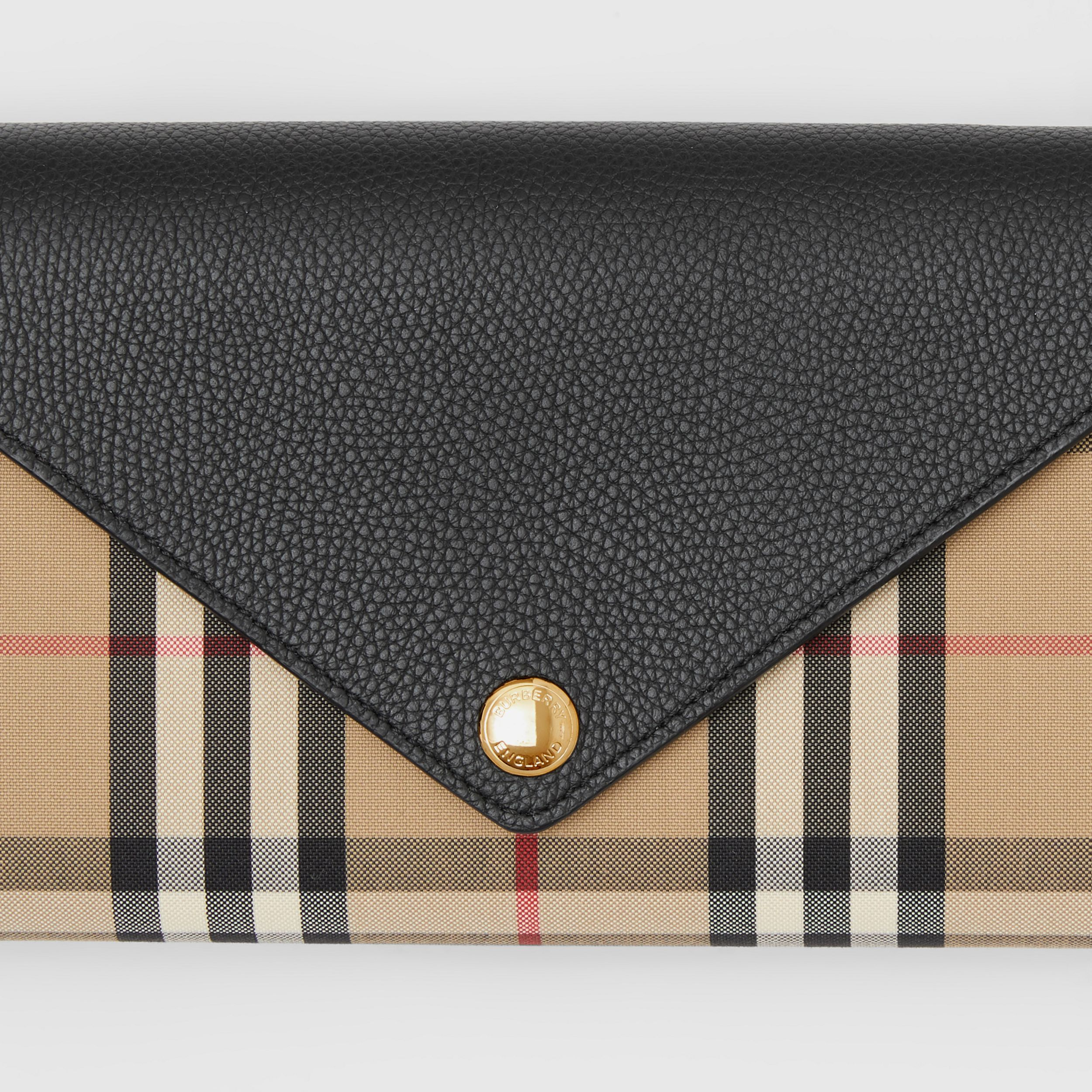 Vintage Check and Leather Wallet with Detachable Strap in Black - Women | Burberry - 2