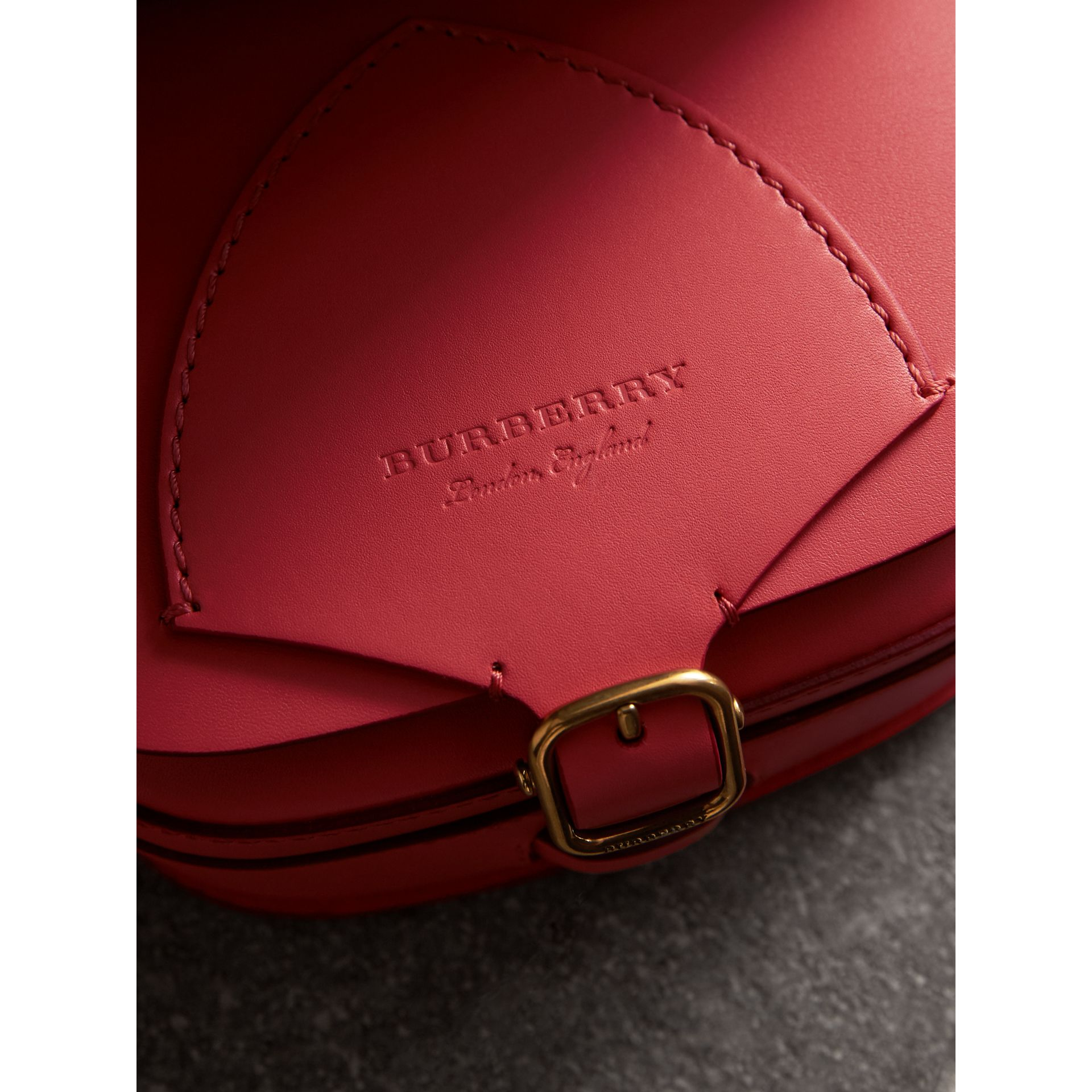 The Satchel in Leather in Bright Peony - Women | Burberry United Kingdom - gallery image 1