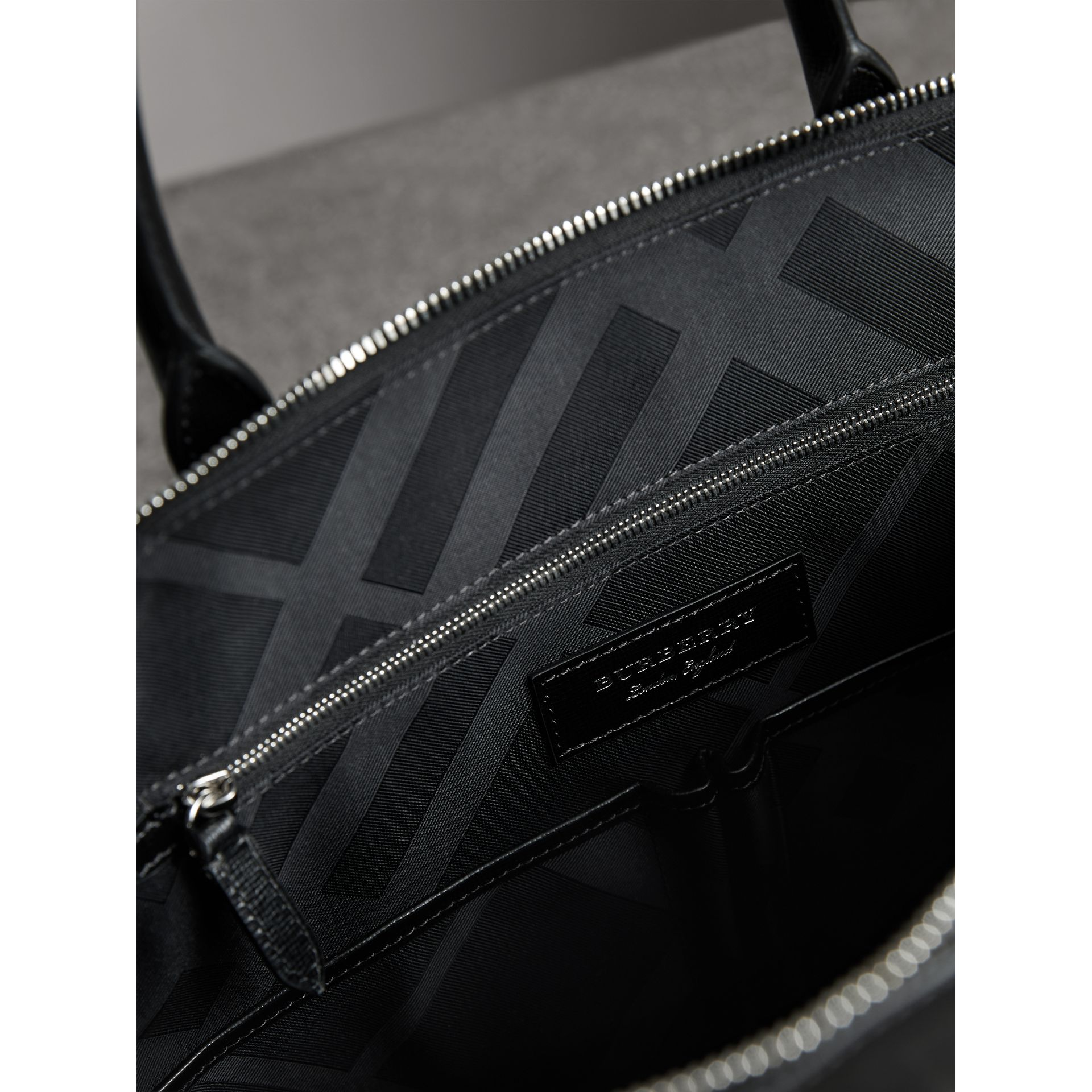 Large London Leather Briefcase in Black - Men | Burberry Canada - gallery image 5