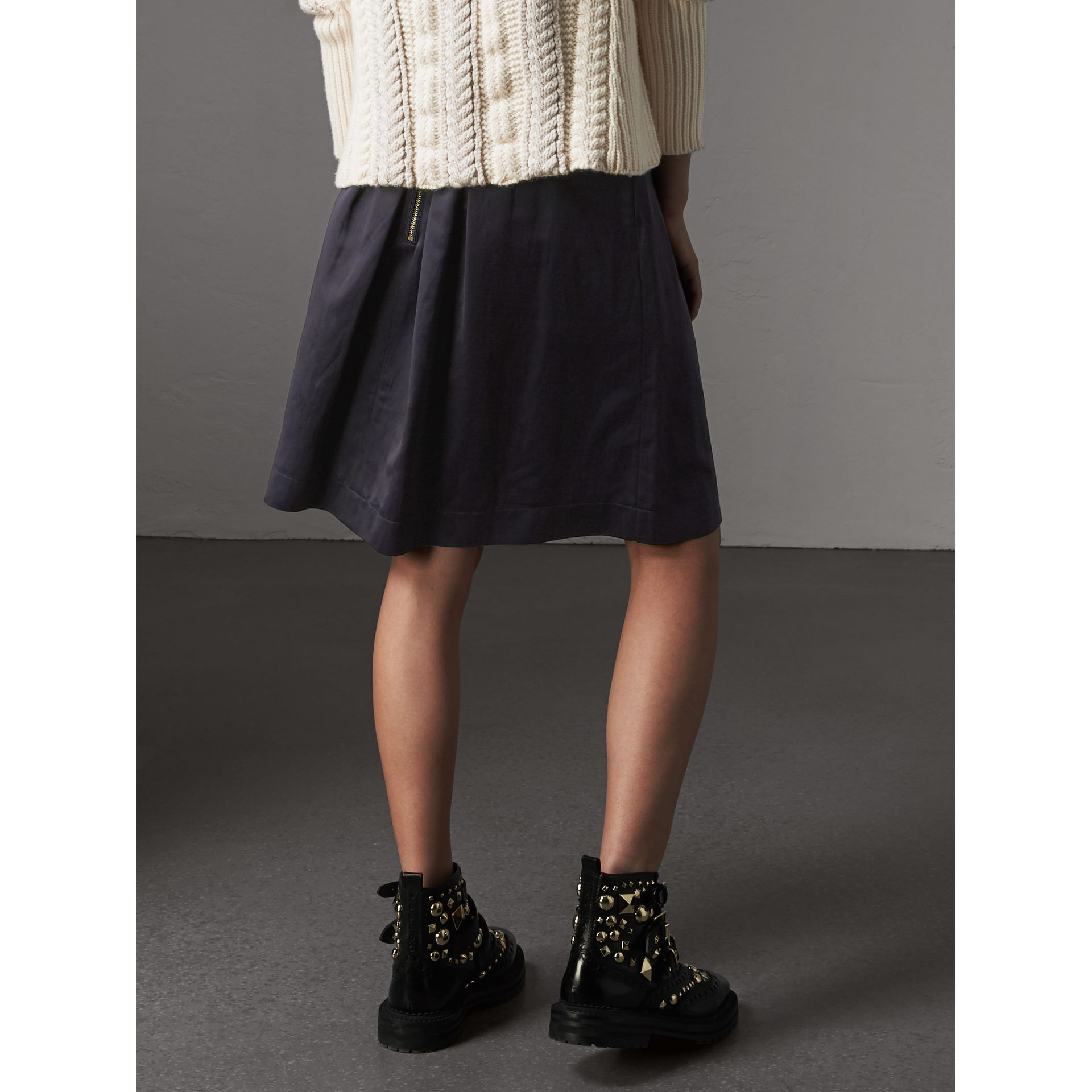 Pleated Linen Cotton Blend Skirt in Navy - Women | Burberry - gallery image 3