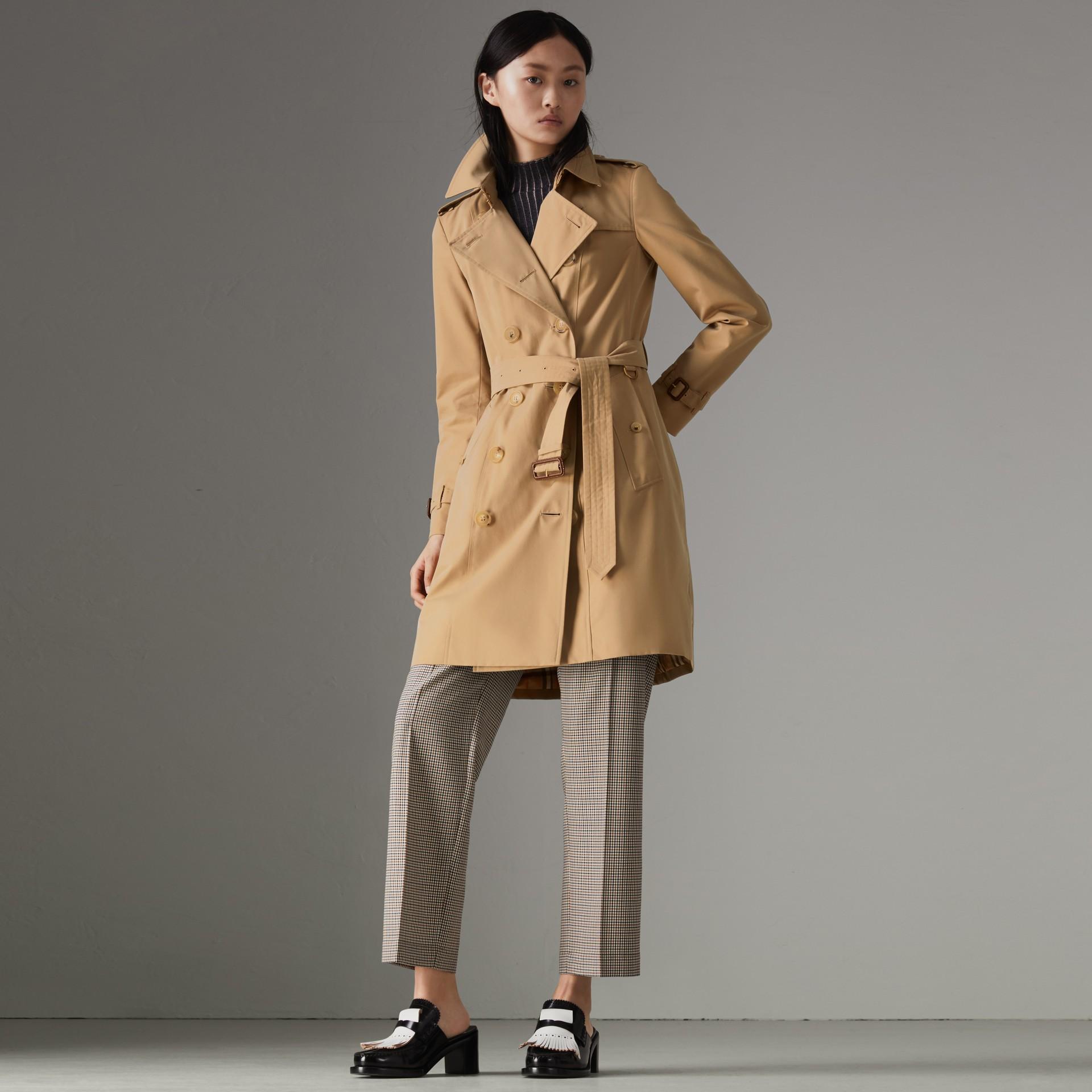 Heritage-Trenchcoat in Chelsea-Passform (Honiggelb) - Damen | Burberry - Galerie-Bild 0