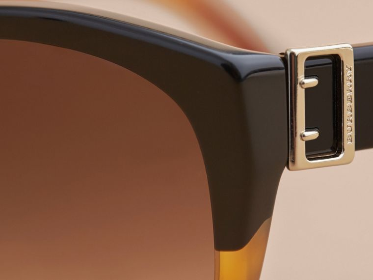 Buckle Detail Round Frame Sunglasses in Tortoise Amber - Women | Burberry - cell image 1