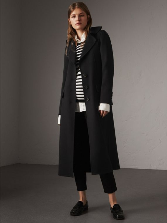 Ruffled Collar Wool Cashmere Coat in Black