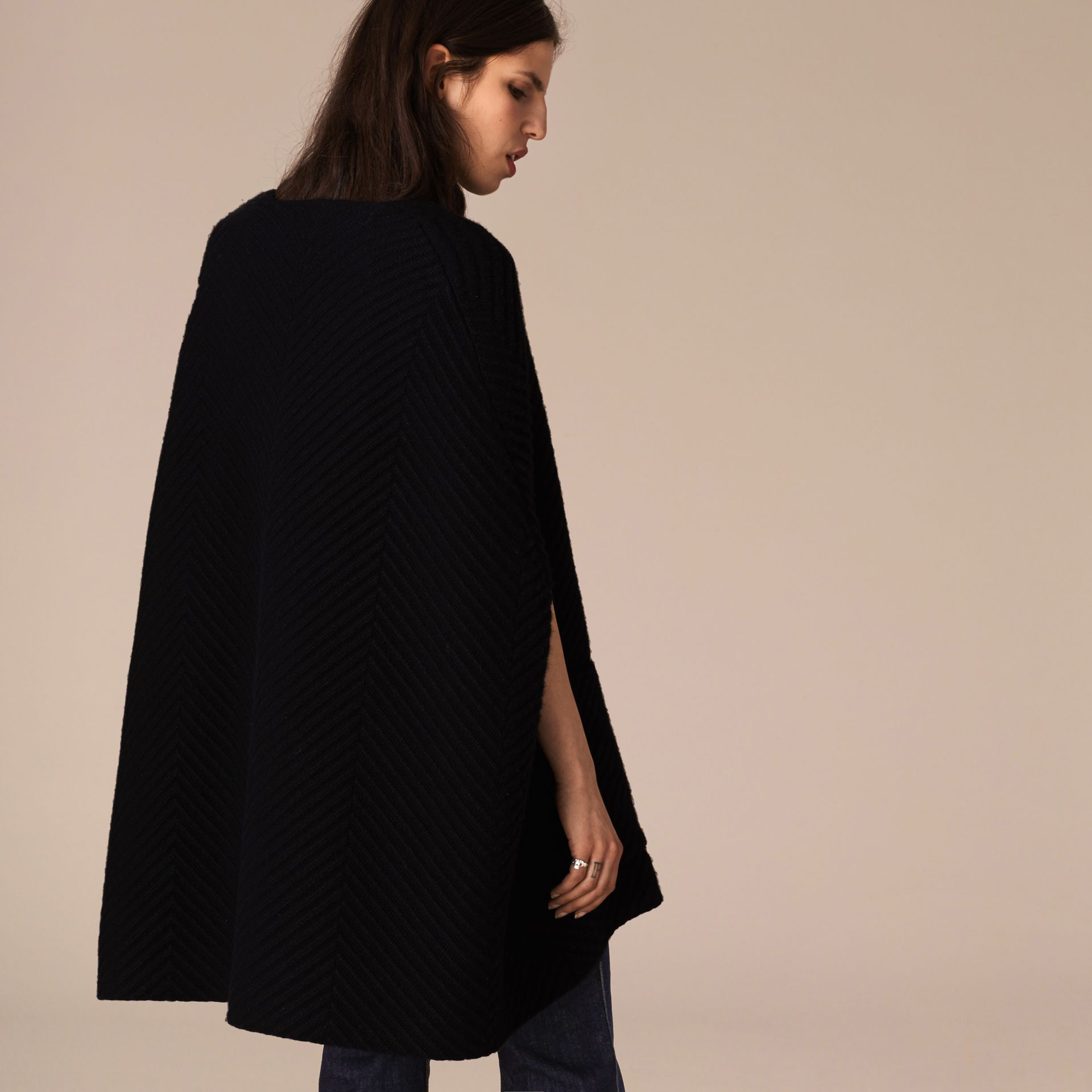 Black/white Ribbed-knit Cashmere Wool Cape - gallery image 3