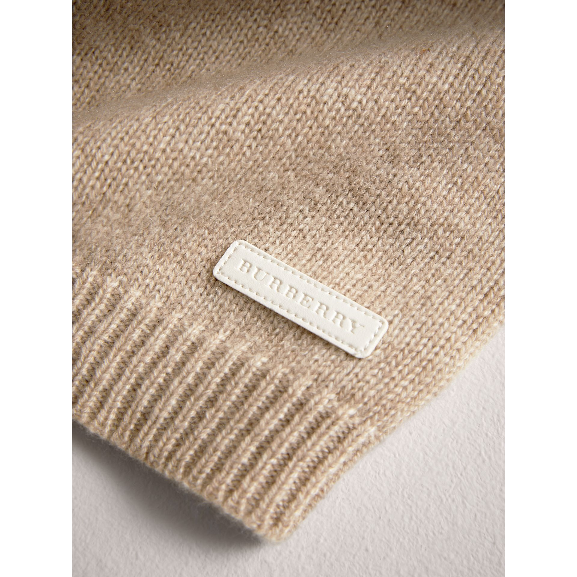 Cashmere Three-piece Baby Gift Set in Oatmeal Melange | Burberry - gallery image 2