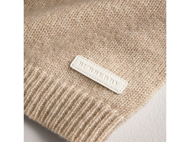 Cashmere Three-piece Baby Gift Set in Oatmeal Melange | Burberry - cell image 1