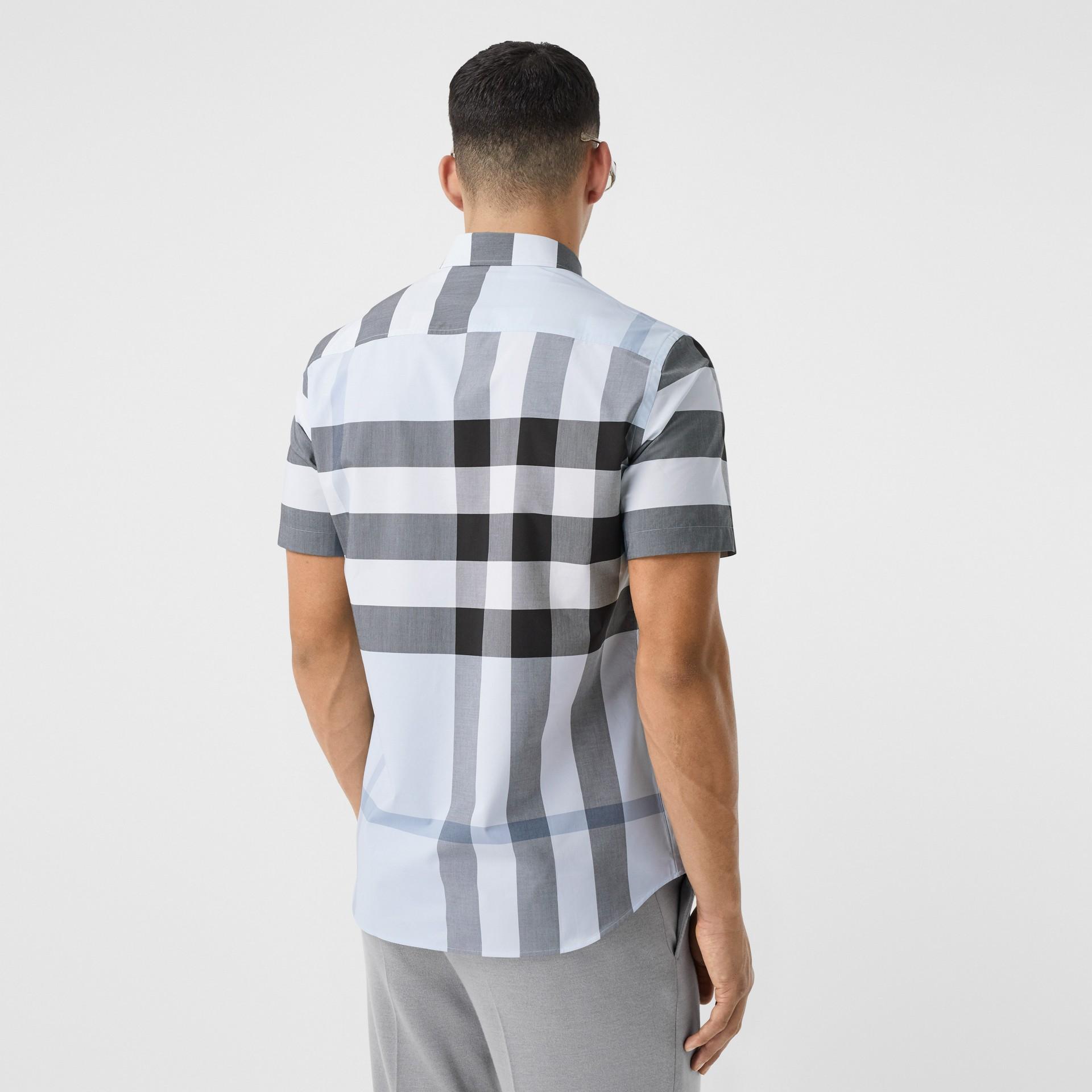 Short-sleeve Check Stretch Cotton Poplin Shirt in Chalk Blue - Men | Burberry Hong Kong S.A.R - gallery image 2