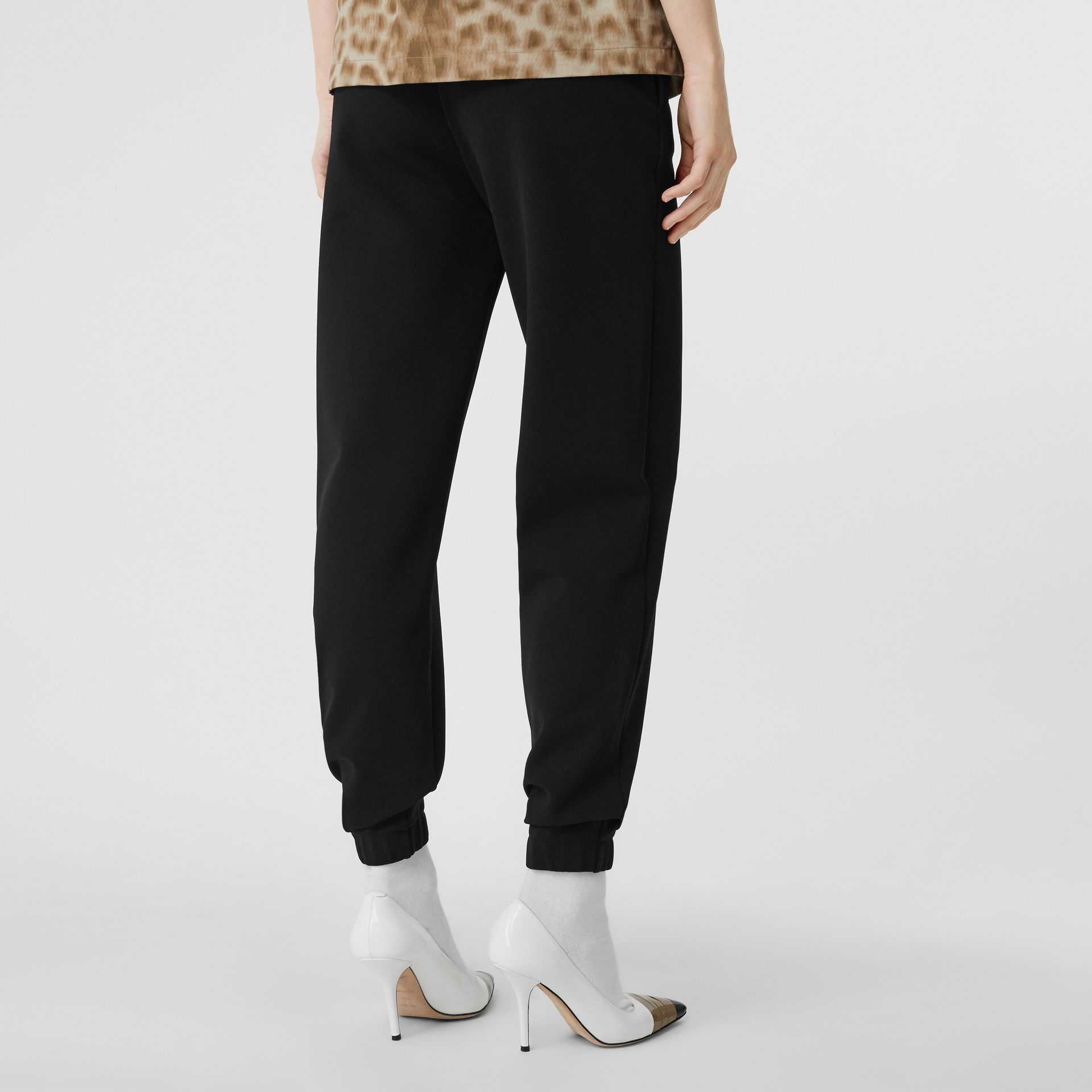 Pantalon de survêtement technique Monogram (Noir) - Femme | Burberry Canada - photo de la galerie 2
