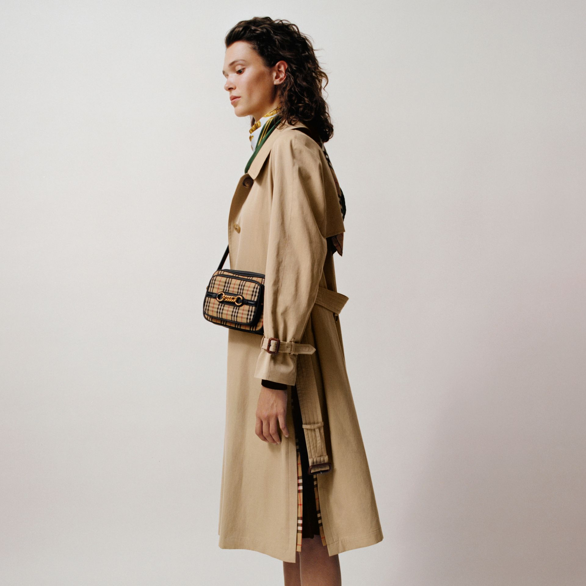 Side-slit Tropical Gabardine Trench Coat in Honey - Women | Burberry Canada - gallery image 1