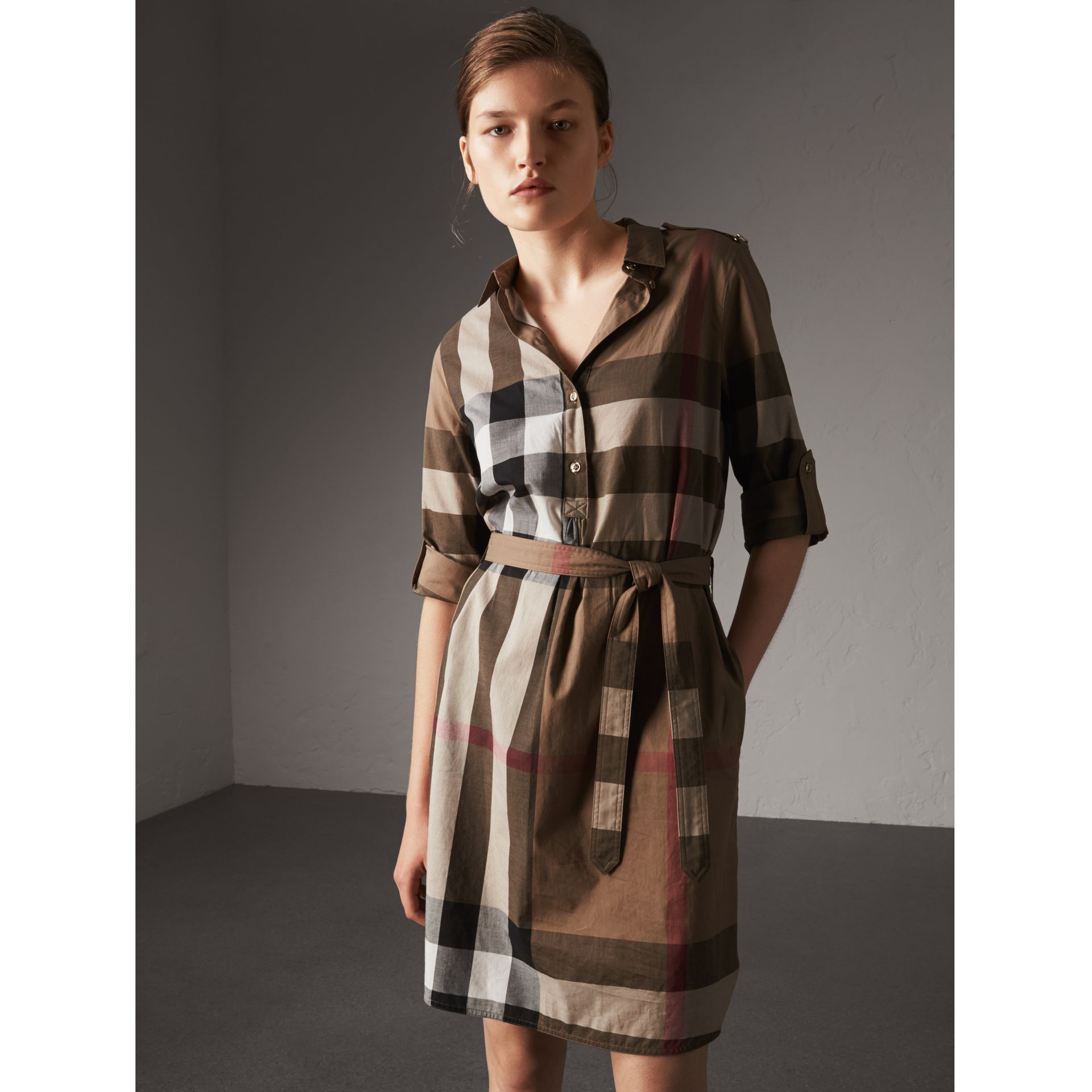 Check Cotton Shirt Dress in Taupe Brown - Women | Burberry Hong Kong - gallery image 1