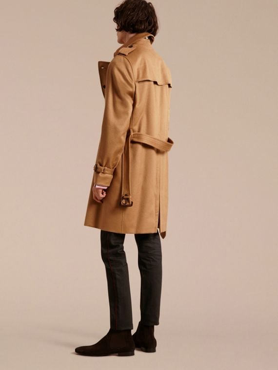 Trench coat in cashmere (Cammello Scuro) - cell image 2