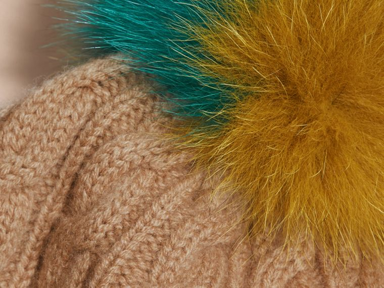 Wool Cashmere Beanie with Fur Pom-Pom Camel - cell image 2
