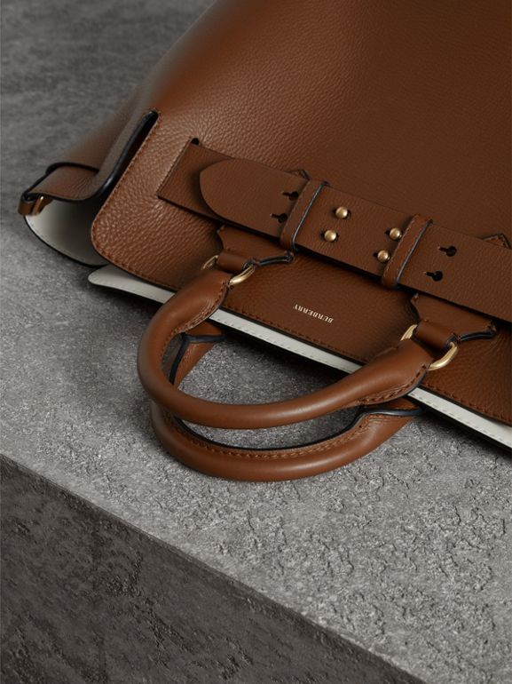 The Medium Leather Belt Bag in Tan - Women | Burberry Hong Kong - cell image 1