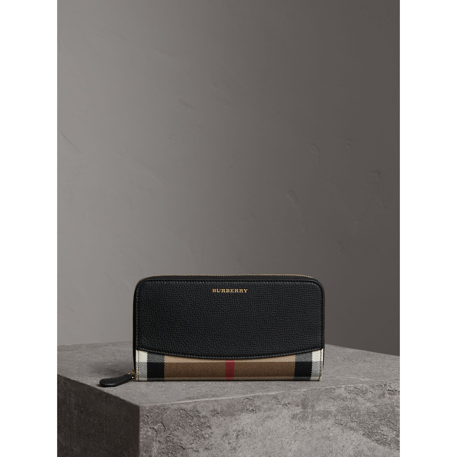 House Check and Leather Ziparound Wallet in Black - Women | Burberry Australia - gallery image 4