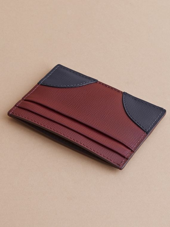 Contrast Corner London Leather Card Case in Burgundy Red - cell image 2