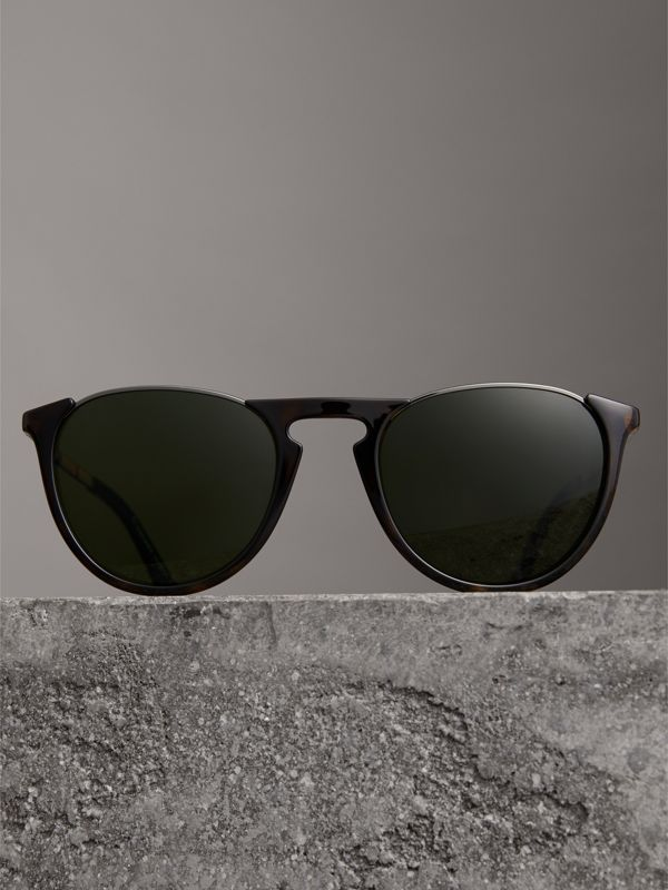 Keyhole Pilot Round Frame Sunglasses in Tortoise Shell - Men | Burberry Australia - cell image 2