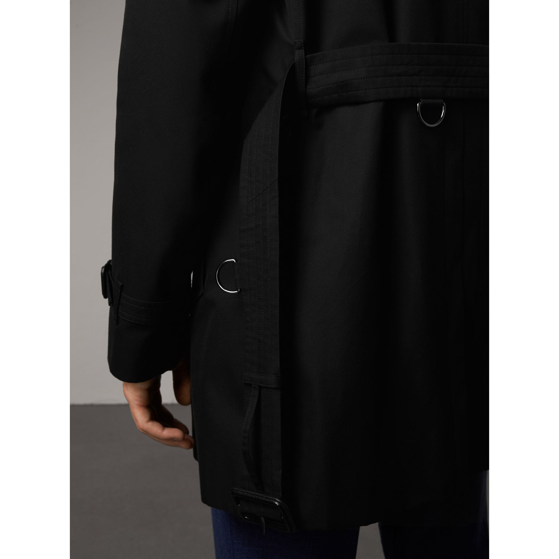 The Kensington – Mid-length Trench Coat in Black - Men | Burberry United Kingdom - gallery image 5