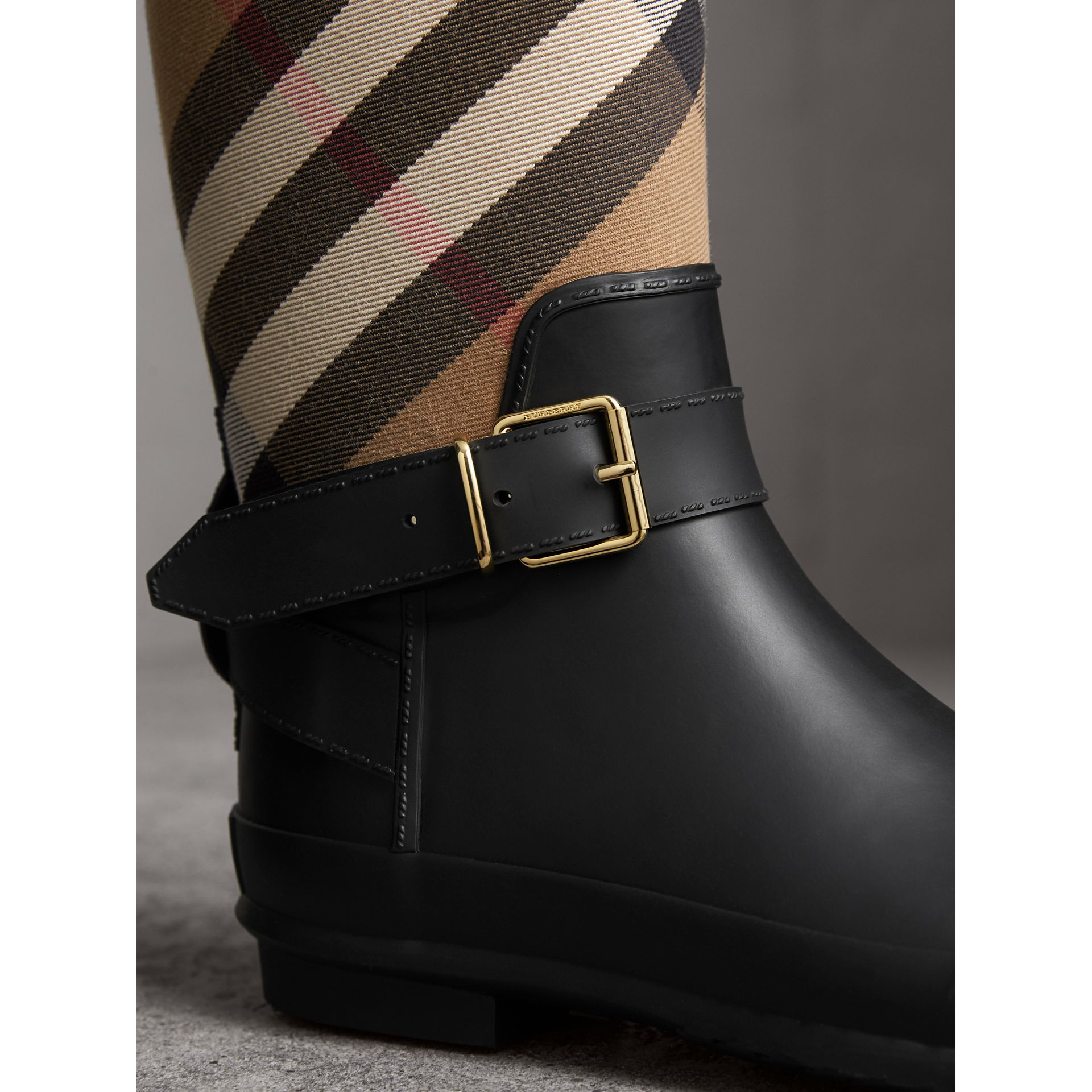 Belt Detail Check and Rubber Rain Boots in House Check/black - Women | Burberry Singapore - gallery image 1