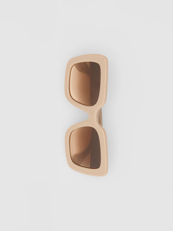 Oversized Square Frame Sunglasses in Honey - Women | Burberry - cell image 3