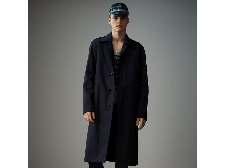 Reversible Tartan Wool and Cotton Gabardine Car Coat in Navy - Men | Burberry Hong Kong - cell image 4
