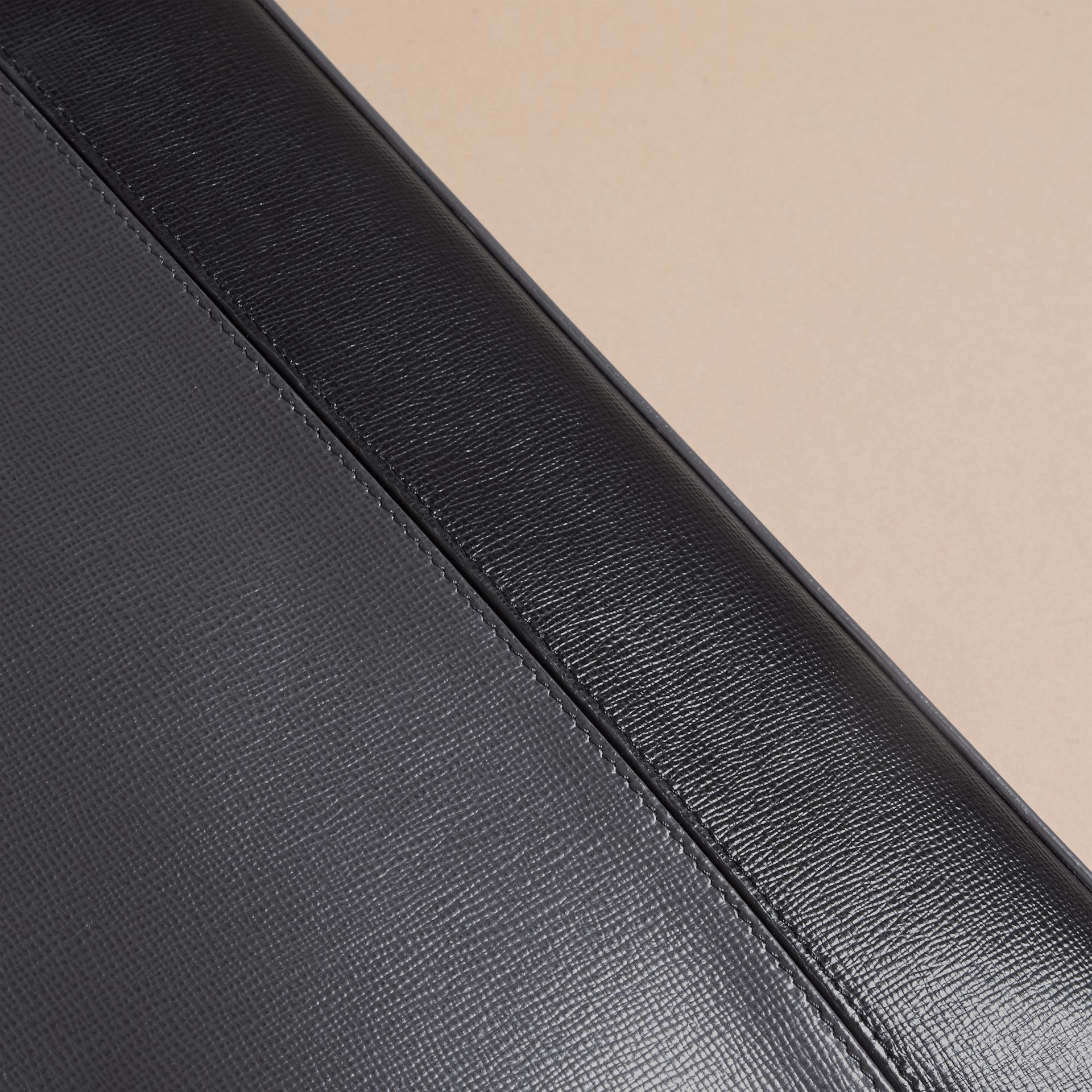 Charcoal/black The Slim Barrow in Panelled London Leather Charcoal/black - gallery image 6