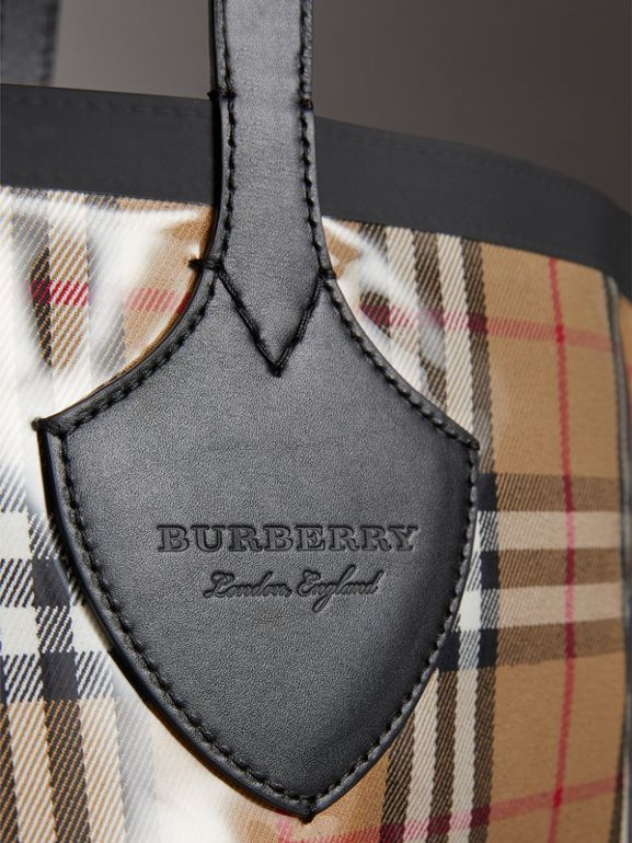 The Medium Giant Tote in Plastic and Vintage Check in Antique Yellow/black - Women | Burberry - cell image 1