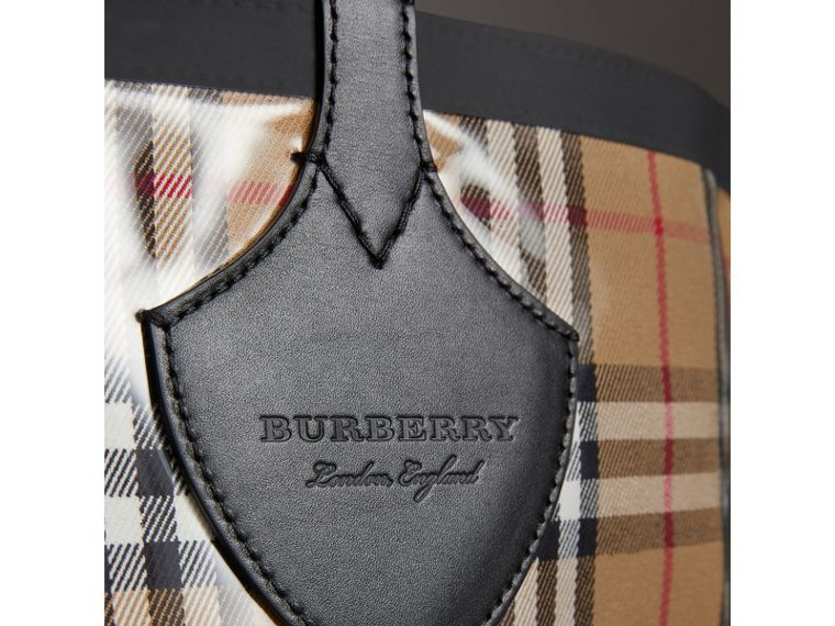 The Medium Giant Tote in Plastic and Vintage Check in Antique Yellow/black - Women | Burberry United Kingdom - cell image 1
