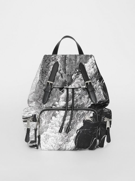 The Medium Rucksack in Dreamscape Print in Black