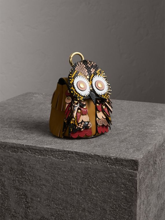 The Owl – Leather and Snakeskin Coin Case in Pale Apricot