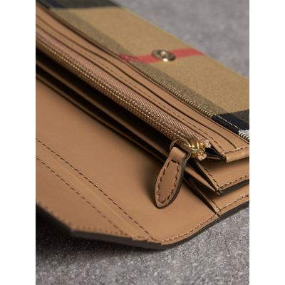 Burberry House Check And Leather Continental Wallet Cheap Sale Finishline Shop iH3jI
