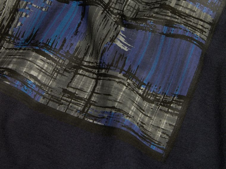 Navy Graphic Check Motif T-Shirt - cell image 1