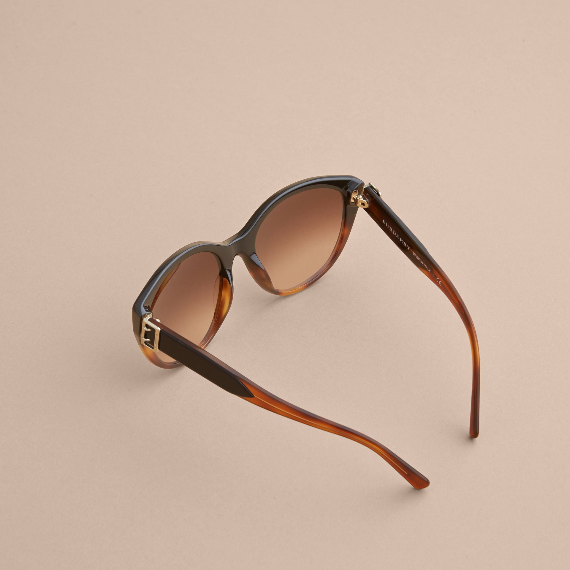 Buckle Detail Round Frame Sunglasses in Tortoise Amber - Women | Burberry - gallery image 4