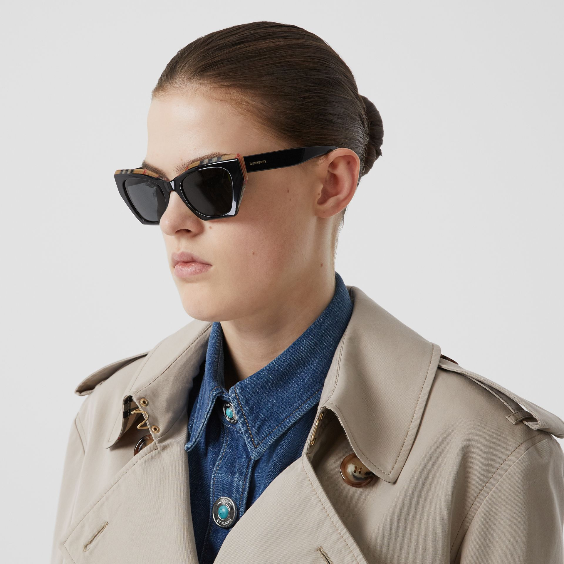 Vintage Check Detail Butterfly Frame Sunglasses in Black/archive Beige - Women | Burberry - gallery image 2