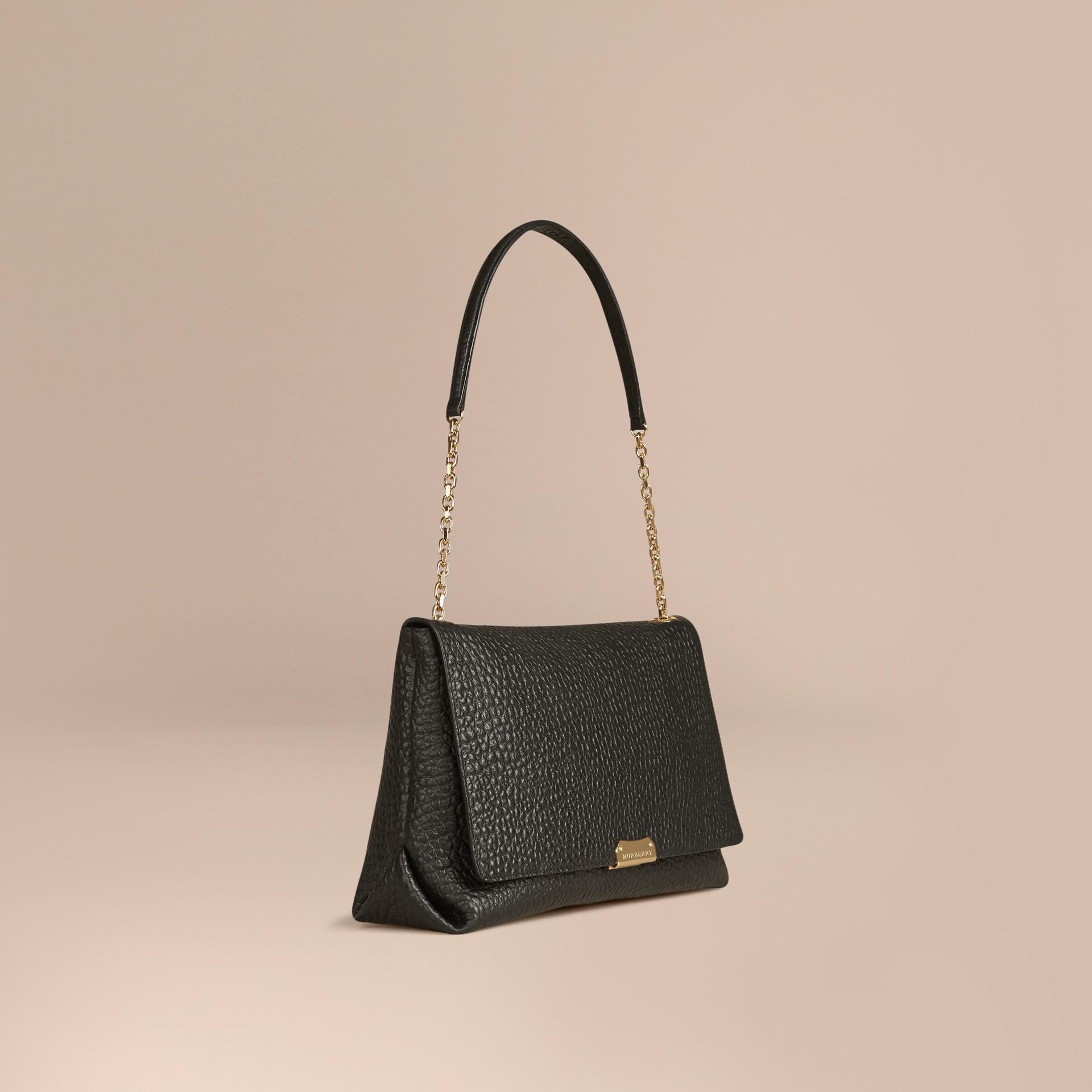 Noir Grand sac porté épaule en cuir grainé emblématique Noir - photo de la galerie 1